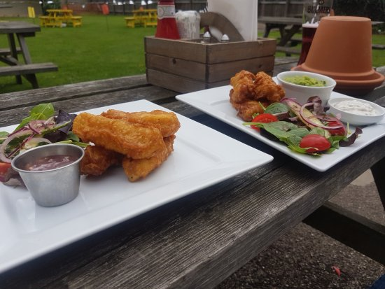 Beeston, UK: Battered Halloumi and Beer Battered Cod