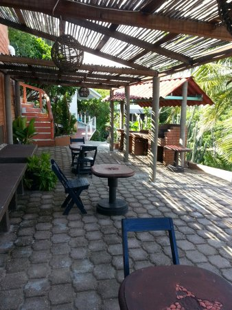 Hotel Posada Arigalan: one of the small courtyards.