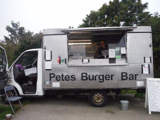 Valley, UK : Petes burger bar