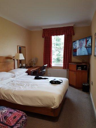 Hilton Avisford Park: 20170814_183934_large.jpg