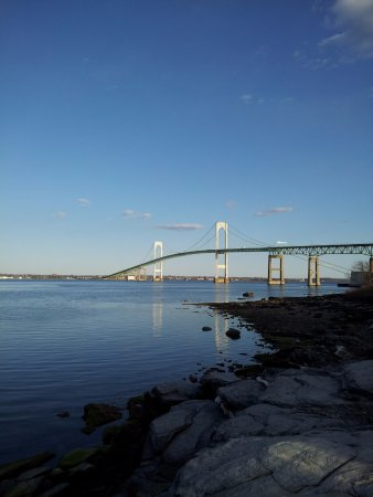 Jamestown, RI: Claiborne Pell Newport Bridge