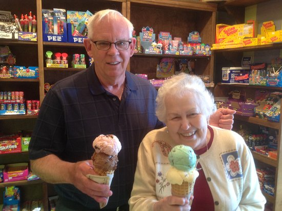 Madison, GA: Old or young, everyone enjoys great Ice Cream
