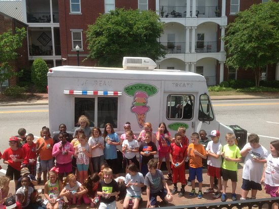 Madison, GA: We even have an old fashioned Ice Cream Truck, so much fun!