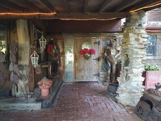 Catoosa, OK: Front door