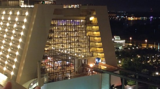 Bay Lake Tower at Disney's Contemporary Resort: View of Contemporary Resort from BLT elevator lobby