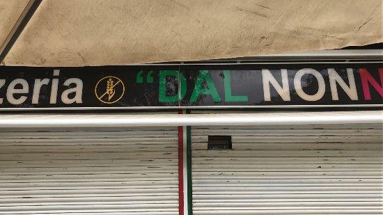 fácil aparcar en Pizzeria Dal Nonno