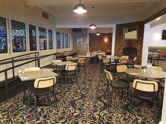 Albion Hotel: new bistro