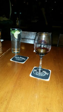 Coopers Hotel: Our drinks