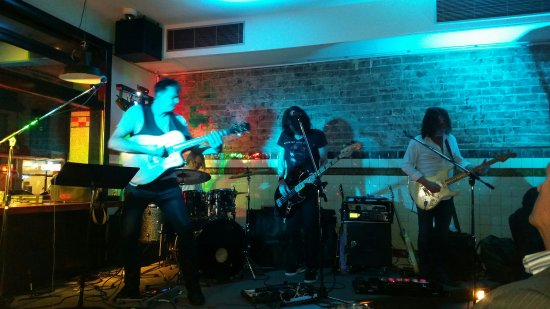 Coopers Hotel: The band