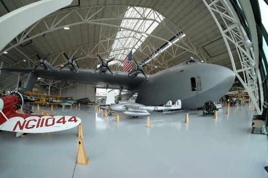 Evergreen Aviation & Space Museum: Again - bring a wide angle lens... this is a fisheye!