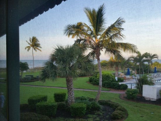 West Wind Inn: view from our balcony: pool & gulf :)