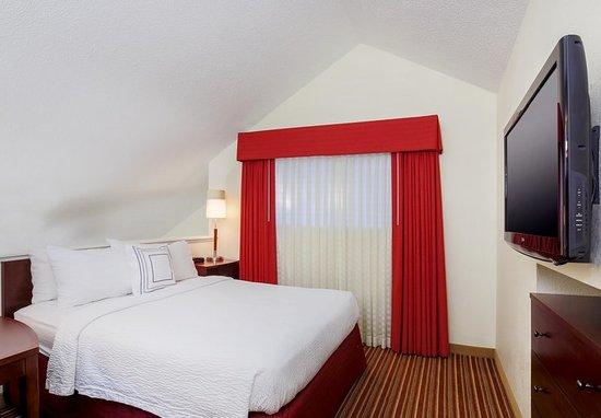 Smyrna, GA: Penthouse Suite - Loft Bedroom