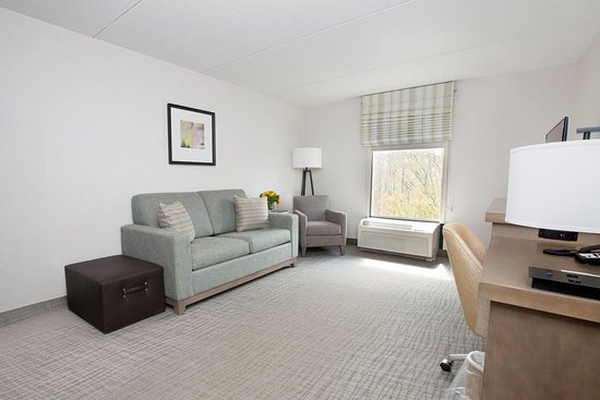 Raynham, MA: Suite Living