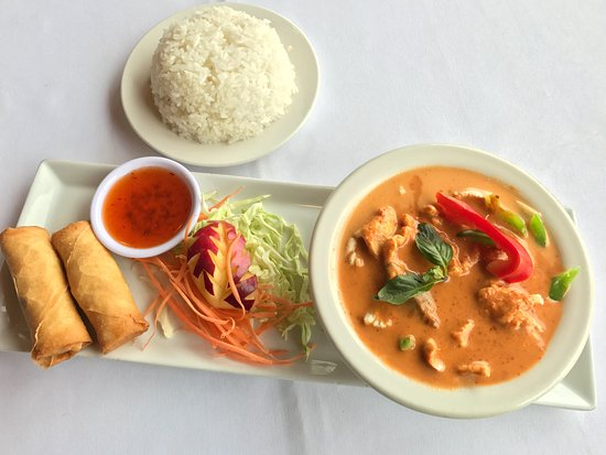 Thai Chaiyo: Lunch Special Red Curry
