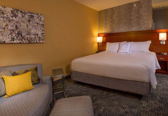 Bethlehem, PA: King Guest Room Sleeping Area