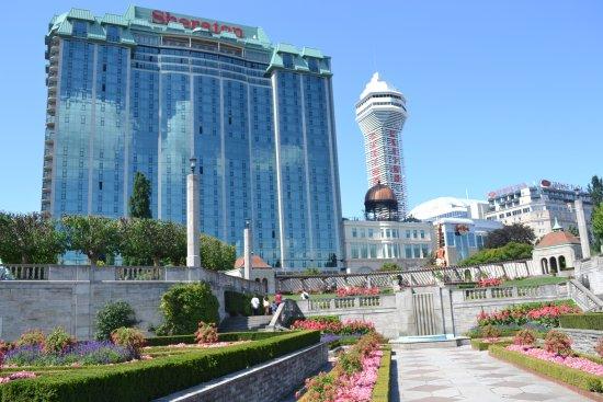 Sheraton At The Falls Hotel Reviews
