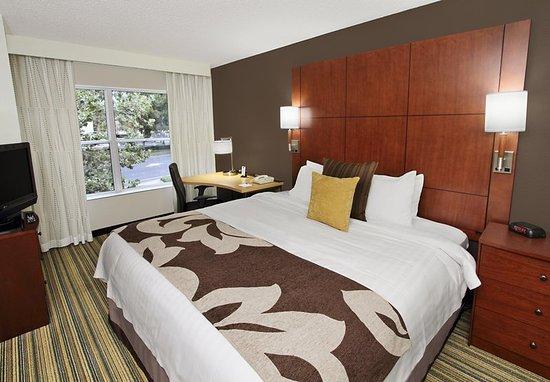 Milpitas, CA: Two-Bedroom Suite Bedroom