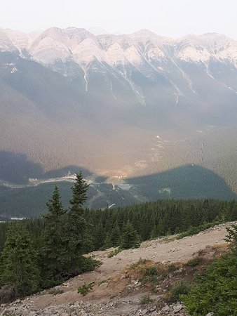 Ha Ling Peak: View of the trail looking down