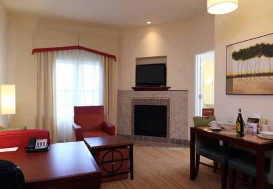 Waynesboro, VA: One-Bedroom Suite – Living Area