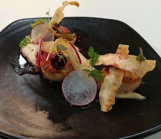 Seville, Australia: scallops