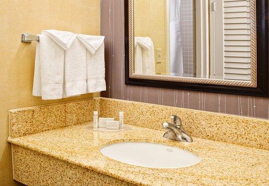 Richardson, TX: Guest Bathroom
