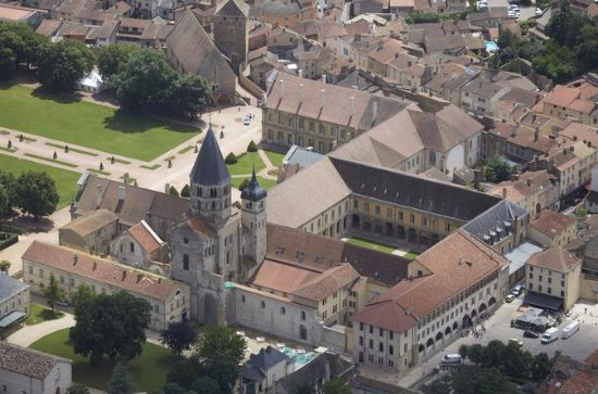 Skip the Line: Cluny Abbey Ticket in...