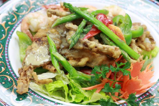 Cary, NC: Green Curry Soft Shell Crab