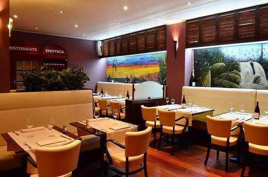 Zaventem, Belgien: RestaurantDiningRoom