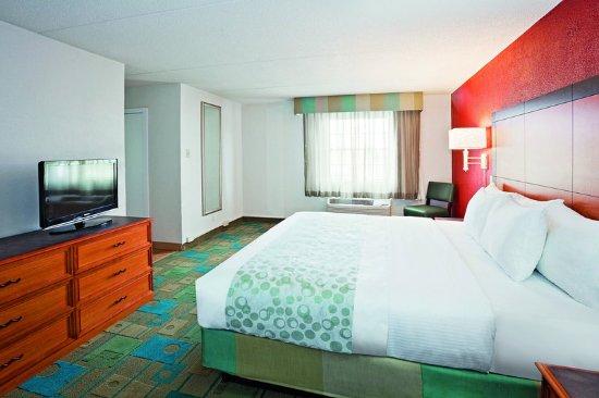 Merrillville, IN: Suite