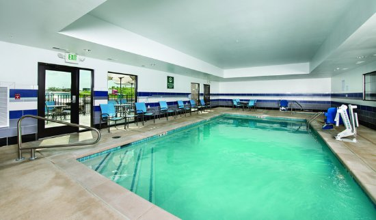Hollister, MO: PoolView