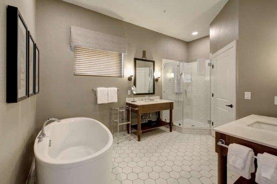 WorldMark Marble Falls Bathroom