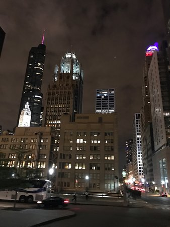 Foto de big bus chicago chicago tripadvisor for Table 52 chicago tripadvisor
