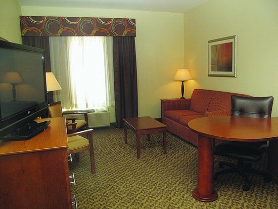 Lawton, OK: Guest Room