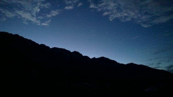 Osservatorio Astronomico: Il tramonto sul Monte Baldo visto in zona osservatorio