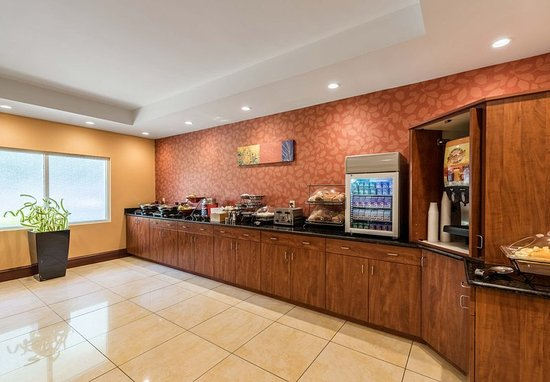 Fletcher, Северная Каролина: Breakfast Area