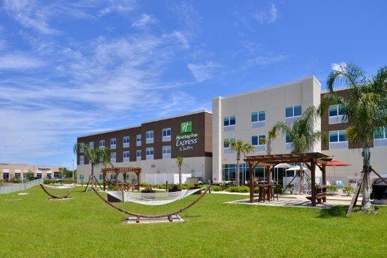 Trinity, FL: Hotel Exterior