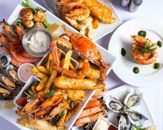 Glenelg, Australia: Selection of popular dish's