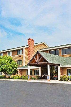 Americ Inn Kearney Exterior
