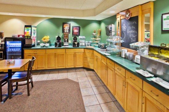 Americ Inn Kearney Breakfast Area