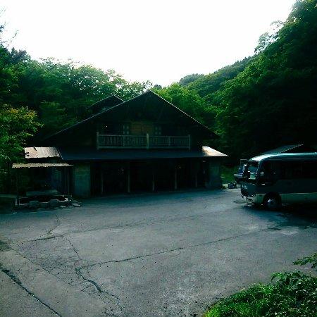 Lamp no Yado Aoni-onsen: 山の中、ようやくたどり着いた、と感じる瞬間。