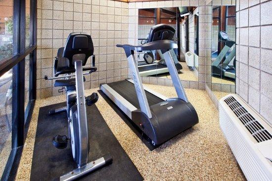 Americ Inn Cedar Falls Fitness