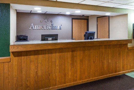 Americ Inn Red Wing Front Desk