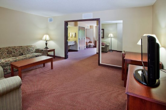 Boiling Springs, NC: Suite