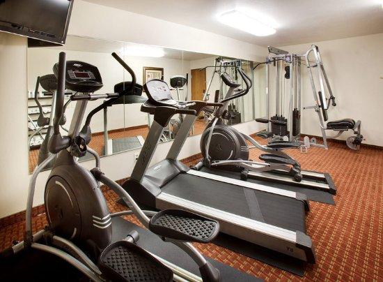 Americ Inn Johnston Fitness