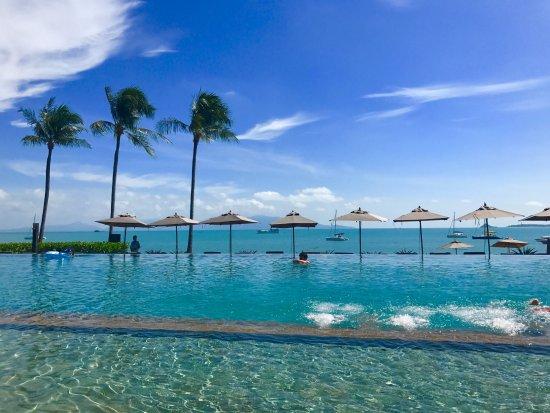 Hansar Samui Resort : Pool in the day