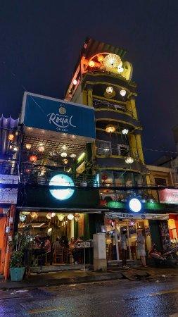 Royal Saigon Guesthouse: building
