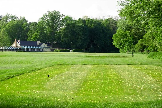 Lenox, MA: The Clubhouse