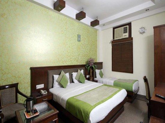 Hotel Jaggi Palace: TRIPLE AC ROOM