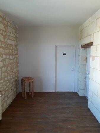Roiffe, Prancis: Pallier d'accès à la chambre triple du premier étage.