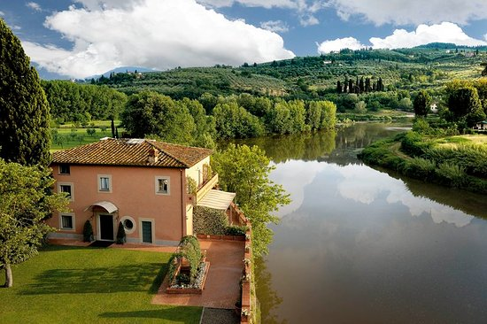 Candeli, Italien: The Villino and the Arno River